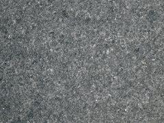 granit noir G684 flammé